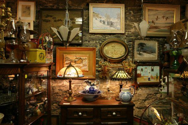 visit antique place