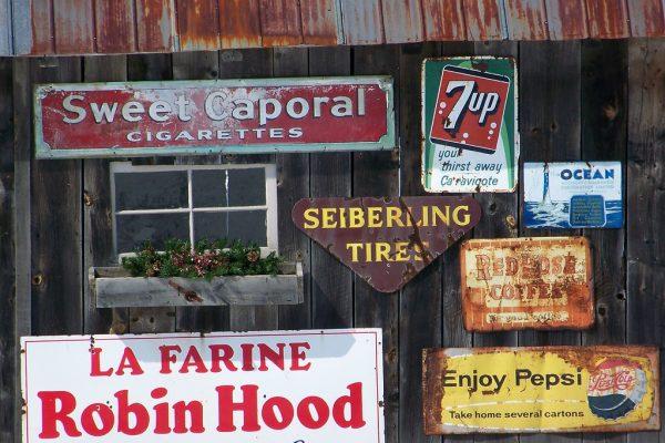 old-vintage-signs-store
