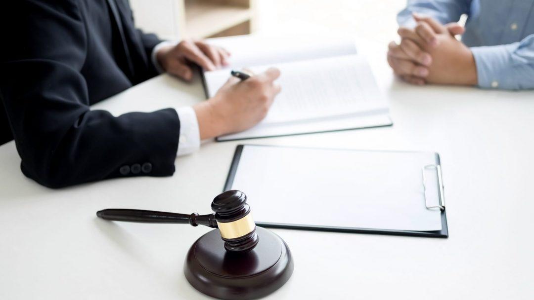 types of lawyers uk